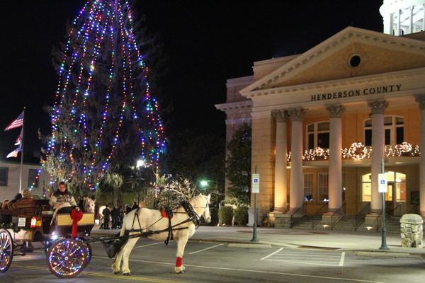 Here Comes Santa Street Lighting